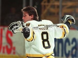 Boston Bruins forward Cam Neely. (Sports Library)