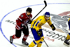 Victor Hedman Facing John Tavares in the WJC 2009 {Leon T Switzer - TotalPhoto}
