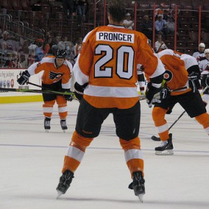 Chris Pronger has leadership experience, but he's not interested in stealing the captaincy from Mike Richards. (Neat1325@/Flickr)