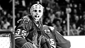 The 10 Coolest Old School NHL Goalie Masks