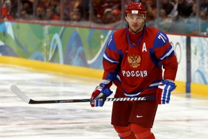 Ilya Kovalchuk vs. United States captain Zach Parise(syume/Flickr)