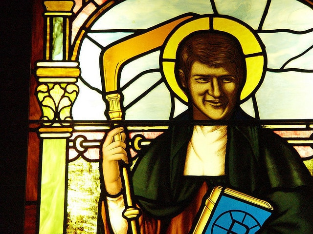 stained glass of bobby orr