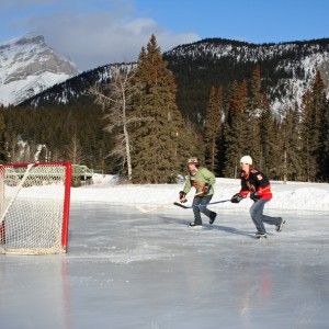 Pond Hockey Banff