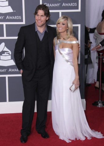 Mike Fisher Carrie Underwood Stars On Broadway
