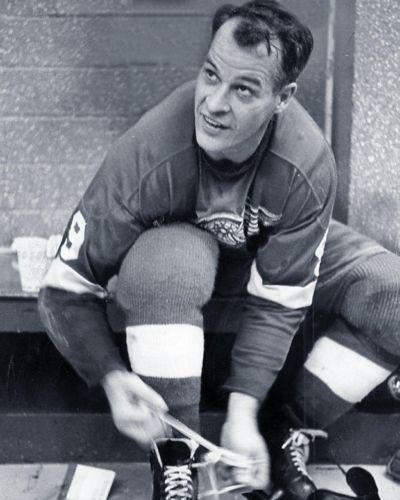 Gordie Howe of the Detroit Red Wings