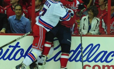 Is Sean Avery the Bailout the Rangers Need?