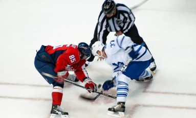 Toronto Maple Leafs' Tim Brent Nominated for Masterton Trophy