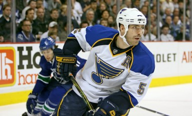Barret Jackman Signs with the Nashville Predators