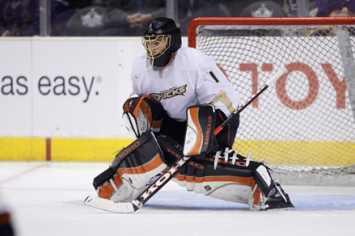 Even though Hiller has lost his last two starts, the Ducks should start him in game three.
