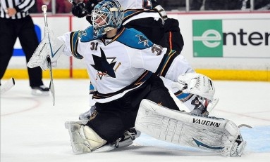 Antti Niemi Primed To Seize The Stars' #1 Goalie Job