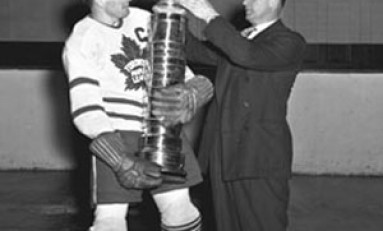 Syl Apps Toronto Maple Leafs Captain 1940-43, 1945-48