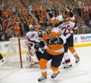 Any team would love to have Briere for the postseason but at what cost? (Eric Hartline-US PRESSWIRE)