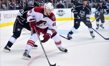 Coyotes Trade Mikkel Boedker to Avalanche