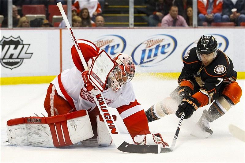 Anaheim Ducks center Andrew Cogliano