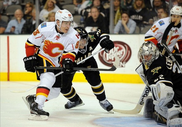 Mike Cammalleri had his best season with Calgary, putting up 82 points (39g-43a) in 81 games in 2008-09. (Jerome Miron-US PRESSWIRE)