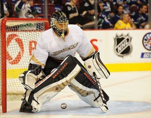 Jonas Hiller (Anne-Marie Sorvin-USA TODAY Sports)