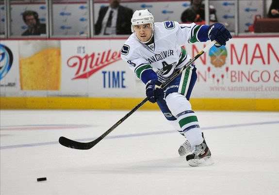Chris Tanev