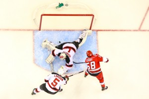 Carolina Hurricanes Chris Terry - first NHL Goal - Photo By Andy Martin Jr