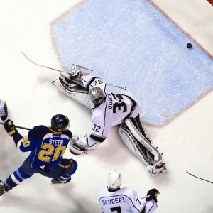 Jonathan Quick clearly did not deserve to finish above Crawford in Vezina voting (Scott Rovak-USA TODAY Sports)