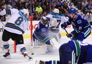 Canucks - Sharks (Anne-Marie Sorvin-USA TODAY Sports)