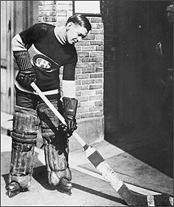 Georges-vezina-with-claymore-sized-stick