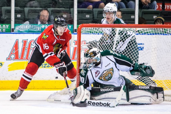 Lotz is a goalie that never gives up on a play (Christopher Mast/whl.ca)