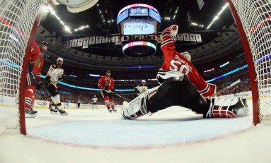 Can Blackhawks Goalies Lead Them to Another Stanley Cup?