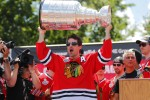 Could the Chicago Blackhawks target Patrick Sharp at the 2017 NHL Trade Deadline?