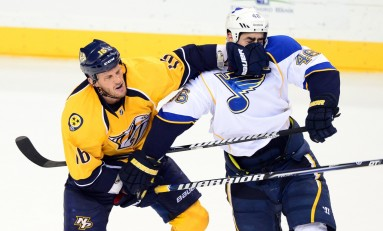 Maple Leafs Sign Rich Clune to NHL Deal