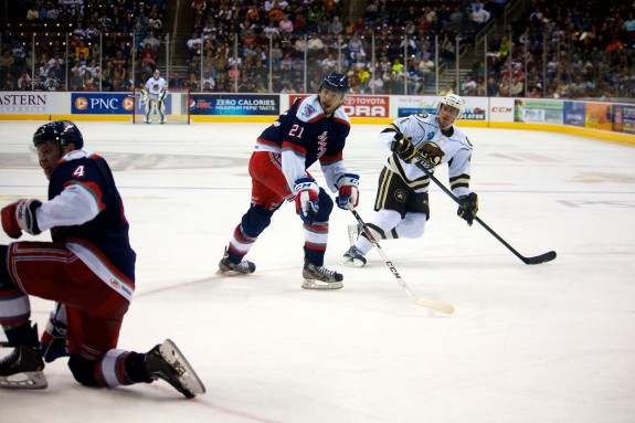 Hershey Bears Defenseman Chay Genoway moments after scoring. (Annie Erling Gofus/The Hockey Writers)