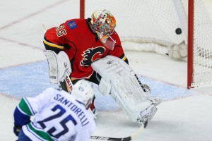 Mike Santorelli Saves the Canucks (Sergei Belski-USA TODAY Sports)