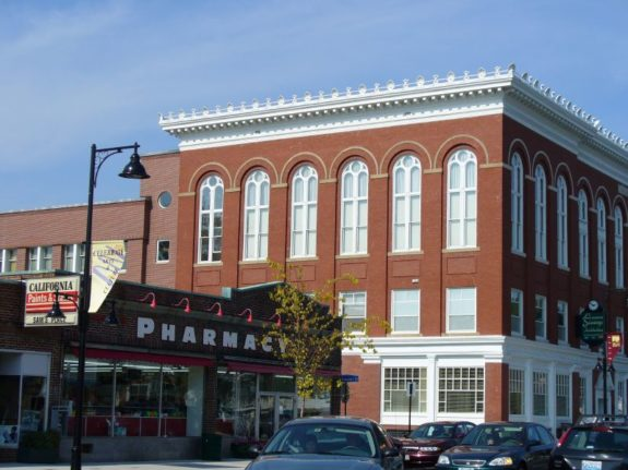 The small city of Saco could soon be home to the Portland Pirates