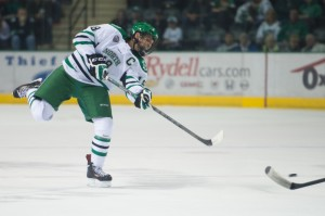 Dillon Simpson and his defensive pairing will have their hands full this weekend. (Eric Classen UND Sports)