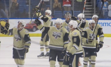 Wilkes-Barre/Scranton Penguins Stay Perfect in Home Opener