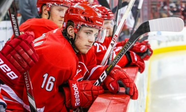 Hurricanes Must Return Elias Lindholm to AHL