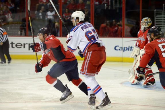 New York Rangers winger Benoit Pouliot (Tom Turk/THW)