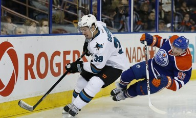 Couture Heating up at Right Time for Sharks