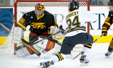 NCAA Women's Hockey Weekly Round-Up: November 13th, 2013