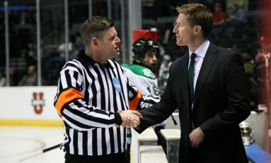 UND Hockey: Making the Case for Dave Hakstol