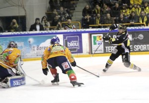 Asiago Hockey v Stavanger Oilers in 2014 Continental Cup Finals