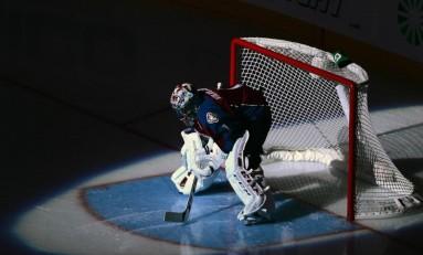 Avs Claim Chris Wagner, Semyon Varlamov to IR