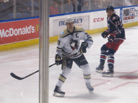 Tom Kostopoulos took over the Penguins' goal scoring lead this month and now has 12 on the season. (Alison Myers/THW)