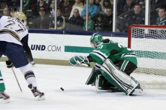 ND goalie Clarke Saunders, (Eric Classen/UND Athletics)