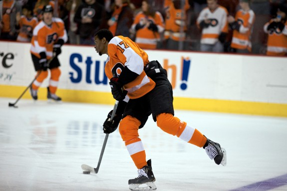Despite being really good at hockey, Wayne Simmonds (above) is 3-13 all-time in shootout attempts.
