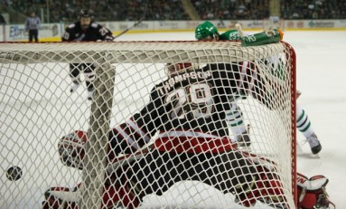 North Dakota Coughs up Two-Goal Lead against UNO