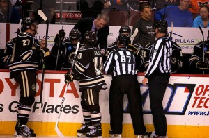Hershey Bears bench (Annie Erling Gofus/The Hockey Writers)