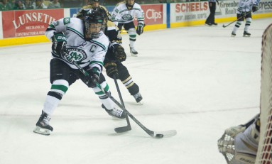 UND Women's Hockey: Olympian Michelle Karvinen Ready for the Stretch Run