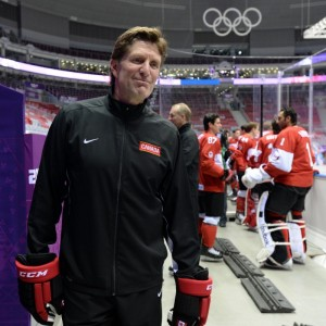 Former Detroit Red Wings coach Mike Babcock will coach Team Canada at the 2016 World Cup of Hockey.