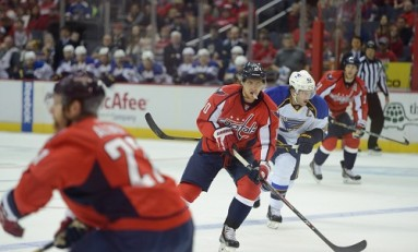 Martin Erat Signs in KHL