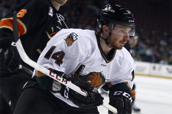 Utah Grizzlies at work